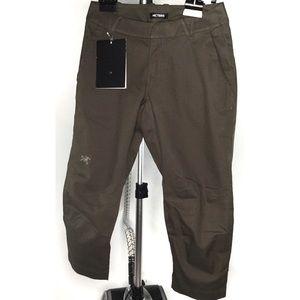Arc'Teryx A2B Chino Crop Pants Women's Size 0